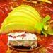 Десерт из дыни с замороженным сырным муссом