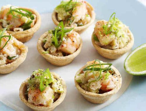 Корзиночки с начинкой из морских гребешков и креветок