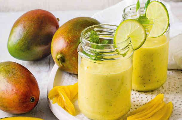 Смузи из манго с лаймом