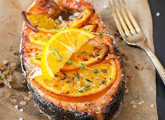 Рыба, запеченная с апельсином