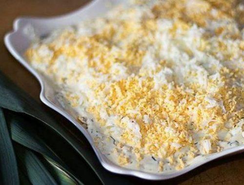 Яичный салат с сельдереем и спаржей