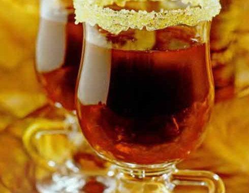Черносмородиновый горячий коктейль